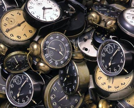 old_clocks_12123